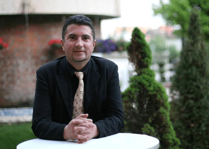 Ec. Gherghe Alexandru Cosmin Garsoniera.ro APARTAMENTE ONLINE SRL